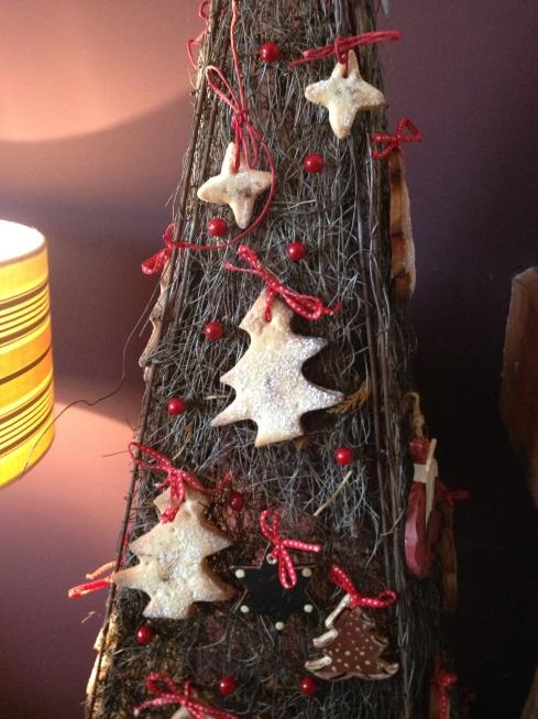 eetbare kerstdecoratie, spritz koekjes met kerstkruiden