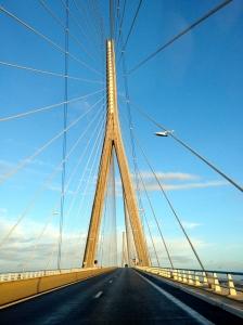 Allez-retour over de Pont de Normandie.