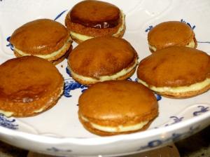 les macarons sont fait, il est l'heure à la dégustation