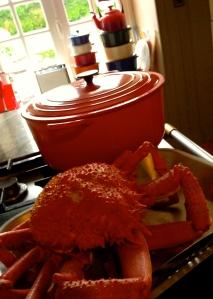 Stap 3 : kook de krab (10 à 15 minuten naargelang het gewicht), laat afkoelen en smullen maar ! Bon appétit !