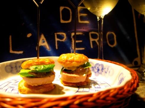 Hou je mailbox in de gaten...onze Bretoense avonturen deel 48 komen eraan mét het recept van dit heerlijke apéro hamburgertje !