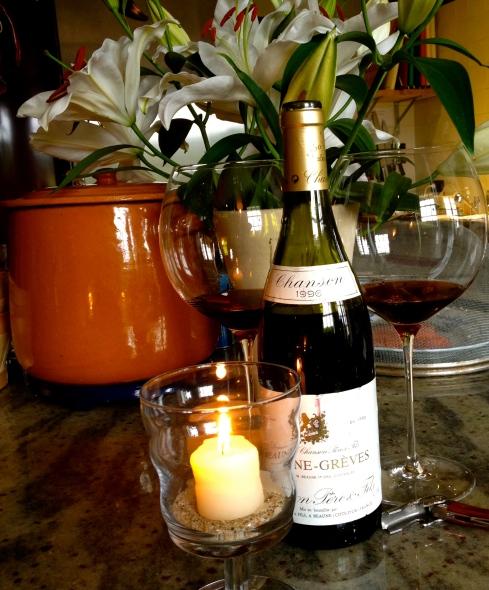 Bedankt iedereen die hier ook dit jaar weer van de partij was ! Ons negende seizoen hebben we vandaag afgesloten met een lekker glaasje wijn op jullie gezondheid. We gaan ons een paar weken herbronnen om jullie ook volgend seizoen te kunnen verrassen met onze nieuwe Bretoense culinaire avonturen !