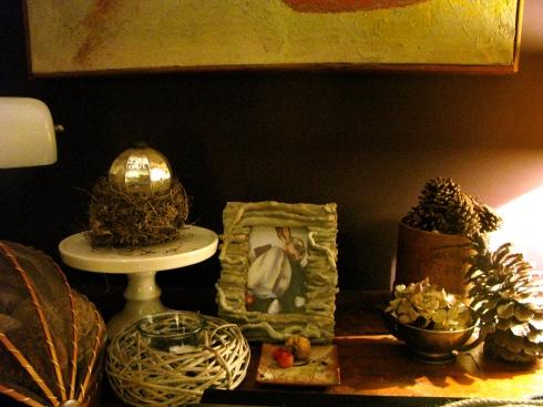 """Onze Kerstvakantie gasten zijn ondertussen goed toegekomen. We hebben hen verwelkomd met een """"vin de Noël"""" : een goede Côte du Rhône rode wijn zachtjes aan de kook brengen met schijven appelsien, kaneel, kardemom, steranijs, suiker en vanille. Straks op het menu :  hapje = schuim van bisque van rivierkreeftjes, voorgerecht = vidée met kreeftenstaart en geconfijte kip hoofdgerecht = zonnevis met chipirones kaas = trappe kaas van de abdij op caramel met postelein slaatje dessert = gebakje met vijgen en hazelnoot, speculoos roomijs en cider gelei.  Bon appétit ! Dat de feesten mogen beginnen !"""