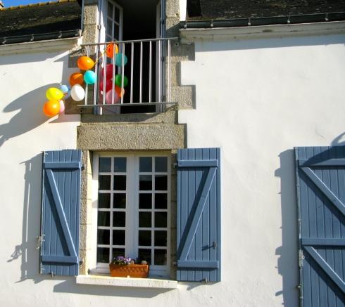 Bedankt verjaardagscompagnie 'Christel & Rudi' voor jullie verblijf bij ons. Het was wederom een plezier om jullie bij ons te gast te hebben ! Bonne route en tot de volgende, Anouck vanuit www.lamaisonblancheauxvoletsbleus.com