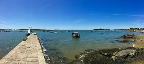Bretagne, Morbihan, Séné. Eén van onze favoriete plekjes. Geniet van de zonnige zondag. Dat doen onze gasten ook ! Culinaire groeten uit Bretagne, Anouck www.lamaisonblancheauxvoletsbleus.com